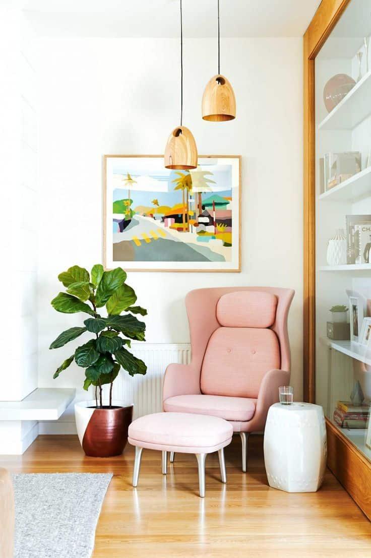 Trendy Ways to Decorate an Awkward Corner