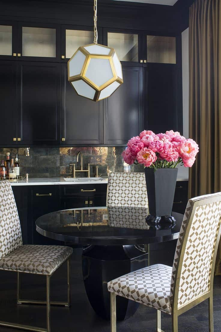 glam pendants Showhouse Trends Youll Want To Steal For Your Home