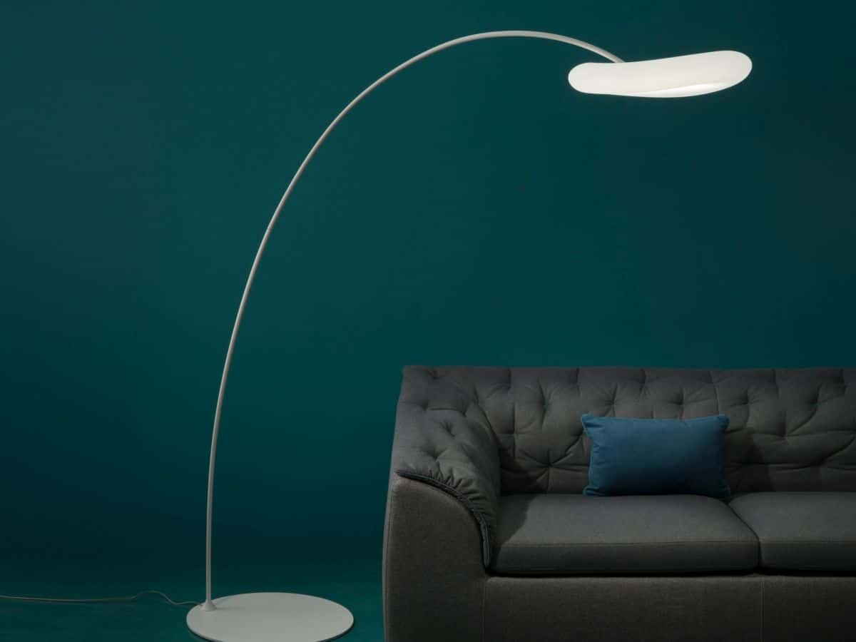 Sleek and minimal does not mean boring. You can have a floor minimal lamp in an intricate shape.