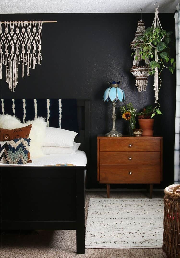 These 15 black bedrooms will add just the right amount of mystery to your home for Black bedroom ideas pinterest