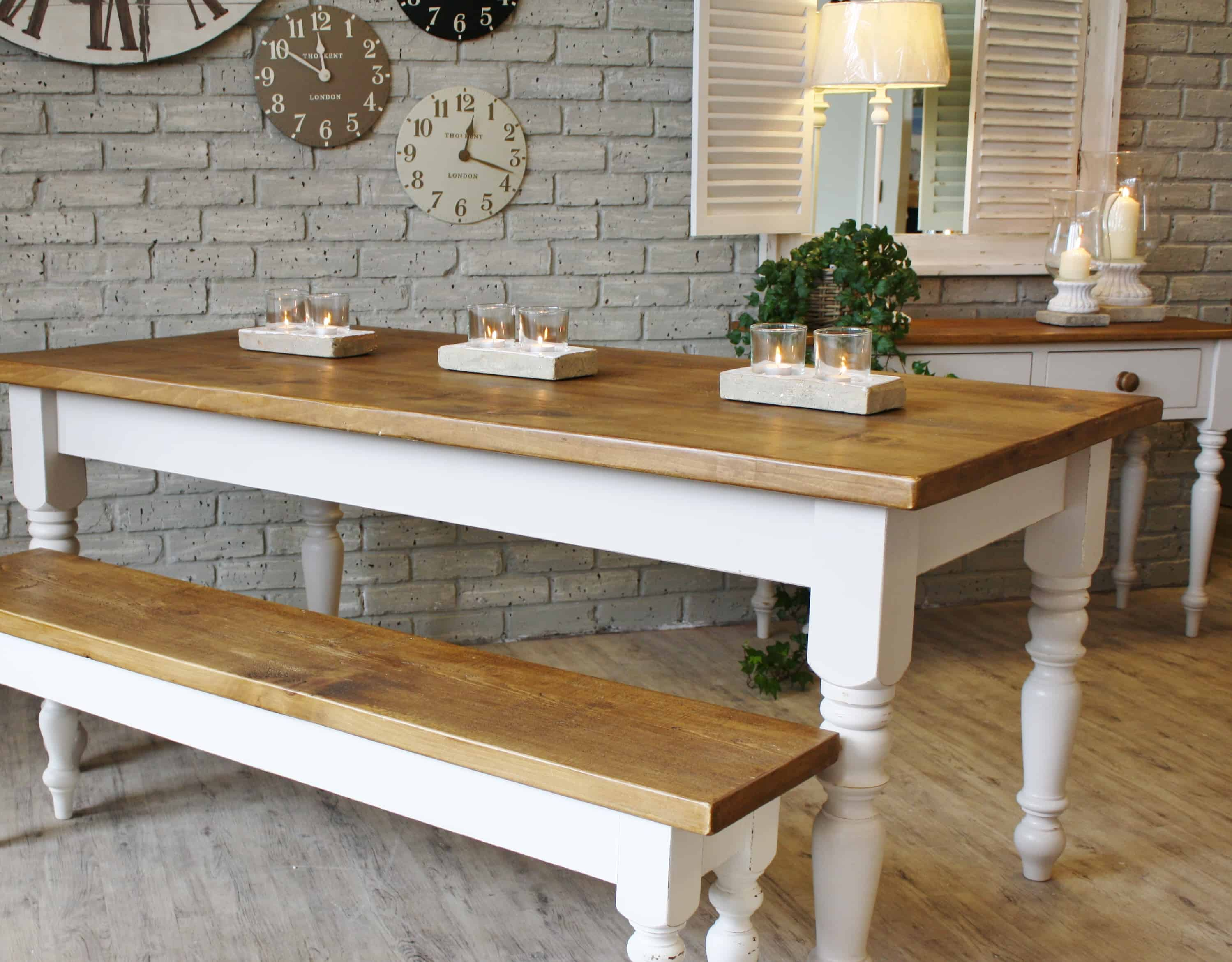 A bench is rustic, and it is the perfect addition to any dining table.