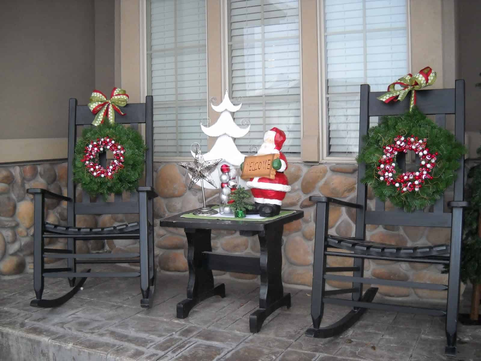 festive rocking chairs 2 Country Ideas for Outdoor Christmas DéCor