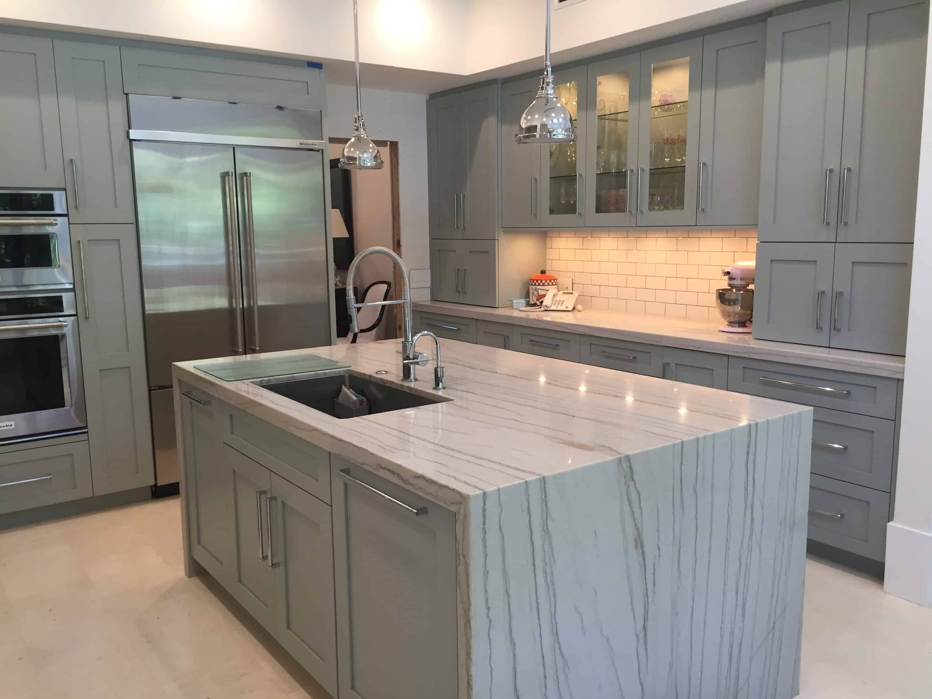 Quartzite just like comes in numerous different colors. However, the lighter the shade of quartzite the more you are capable of seeing the intricate design of the stone.