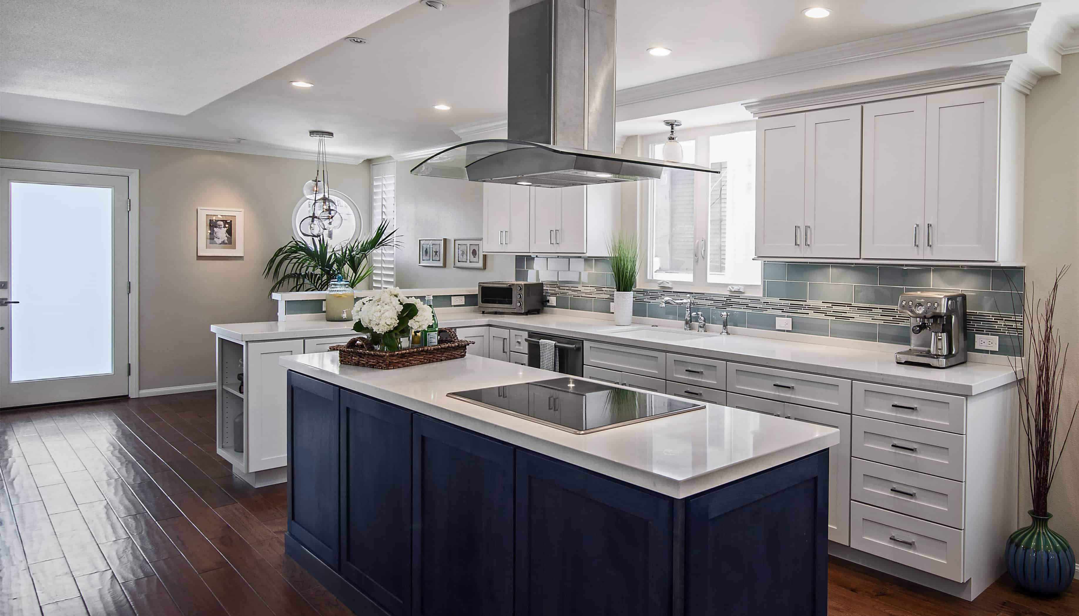Having a double duty kitchen island is great. It is quite beneficial to have a kitchen island that allows you to cook meals while still being part of the entertainment in the kitchen space.