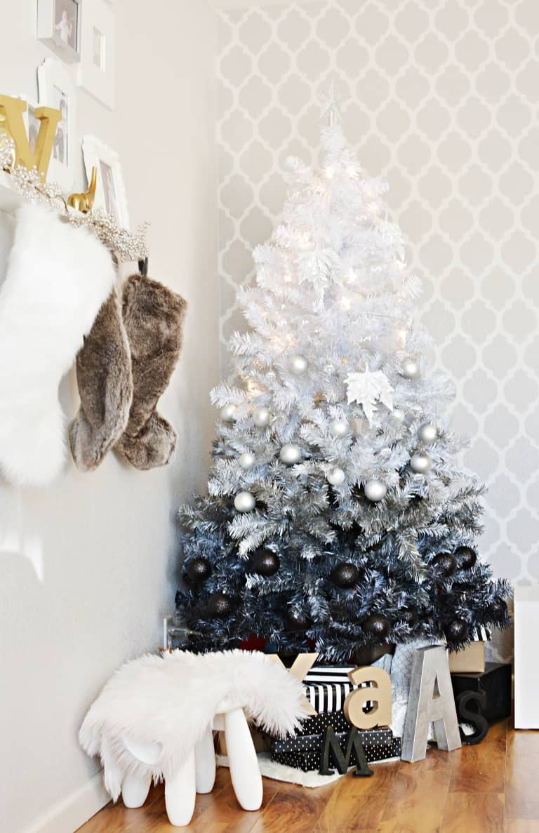 Captivating View In Gallery An Ombre Christmas Tree ...
