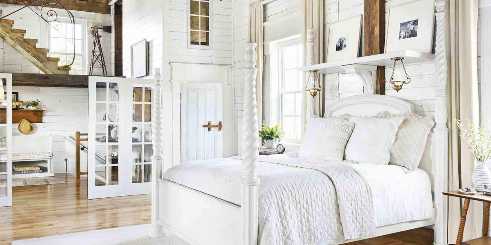 The texture in a white bedroom will be subtle.