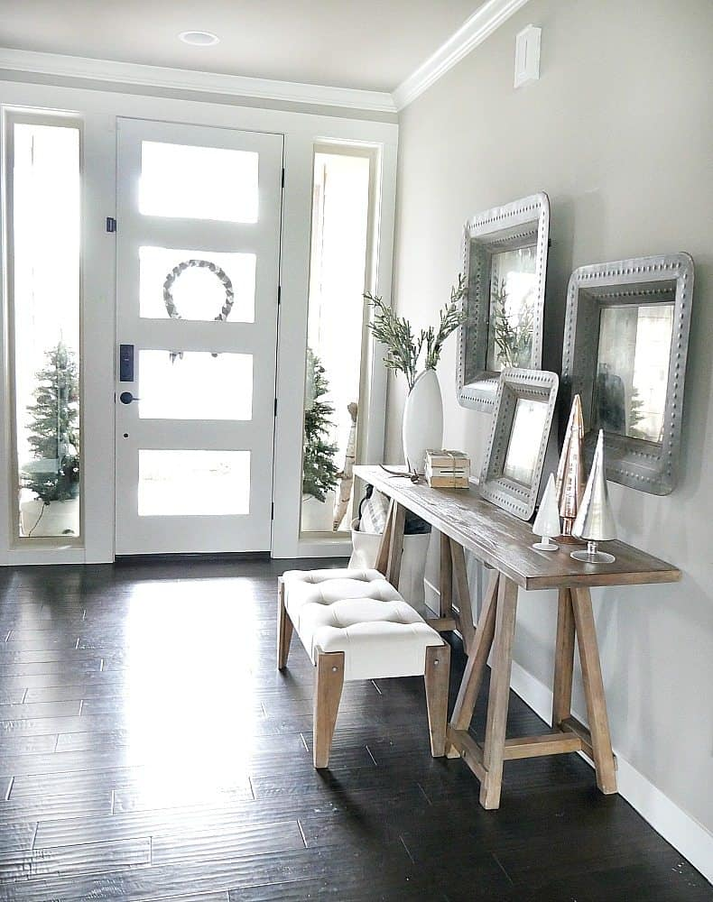 winter home foyer idea