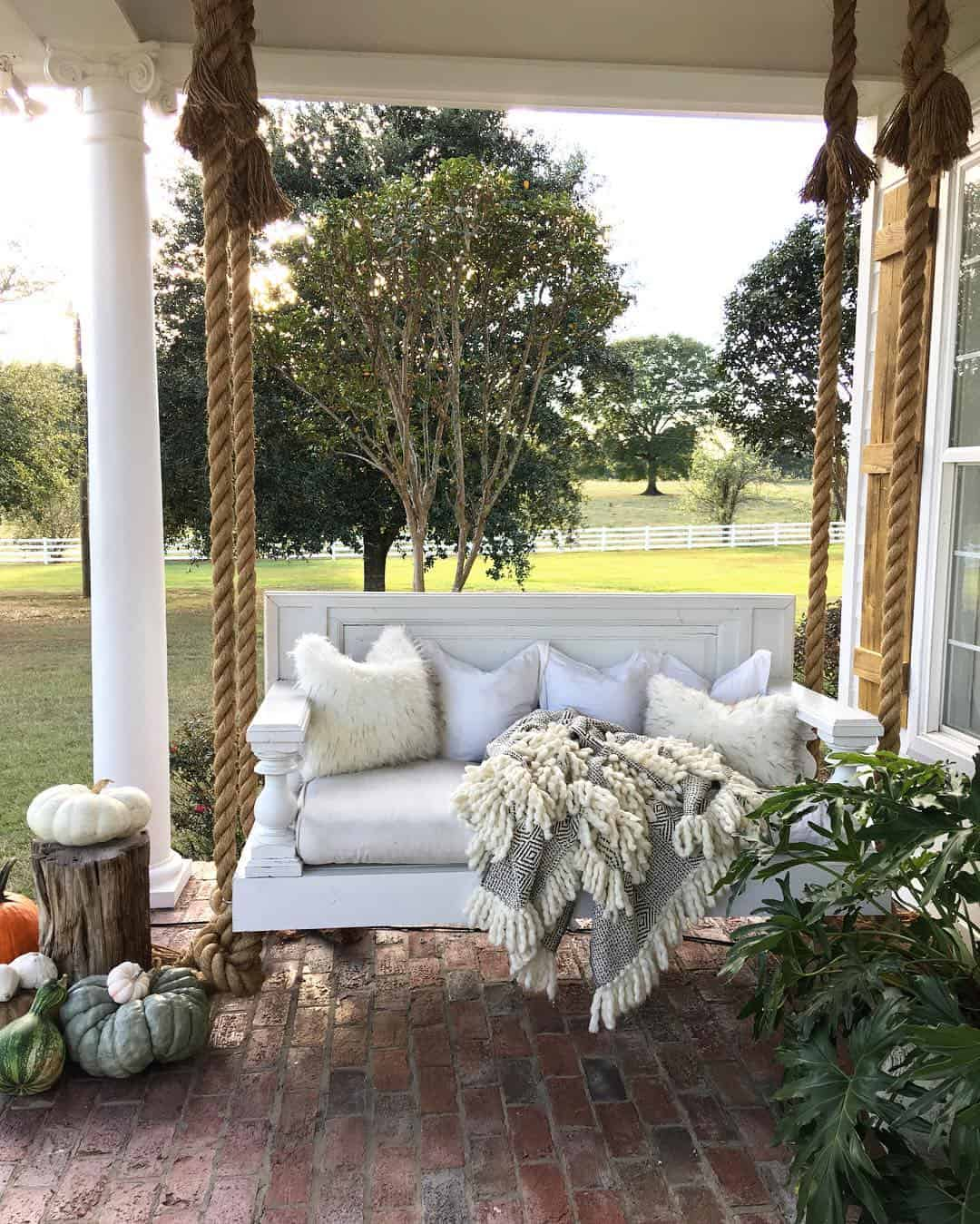 Additionally, it adds another seating area to your porch that can host 2-3 guests at once