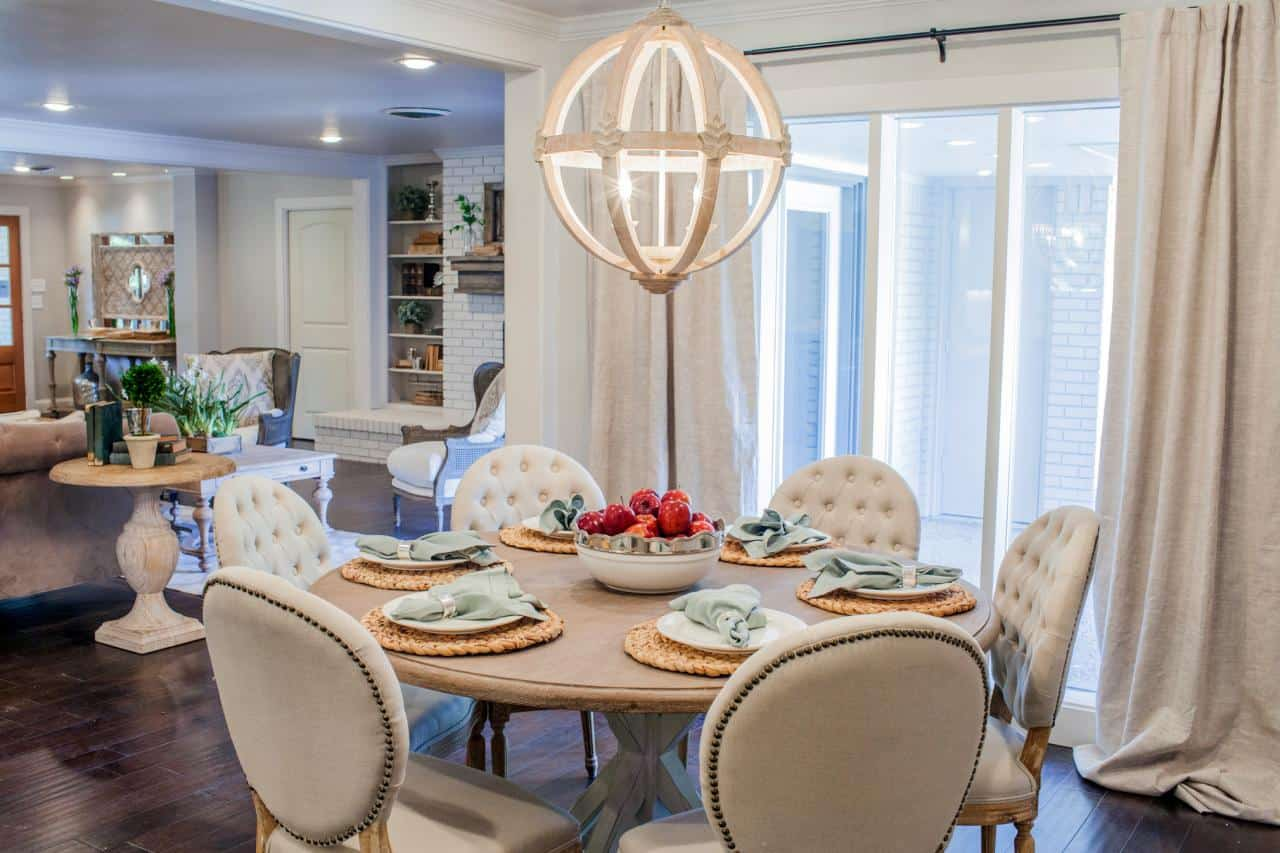 off white breakfast nook Trendy Breakfast Nook Ideas