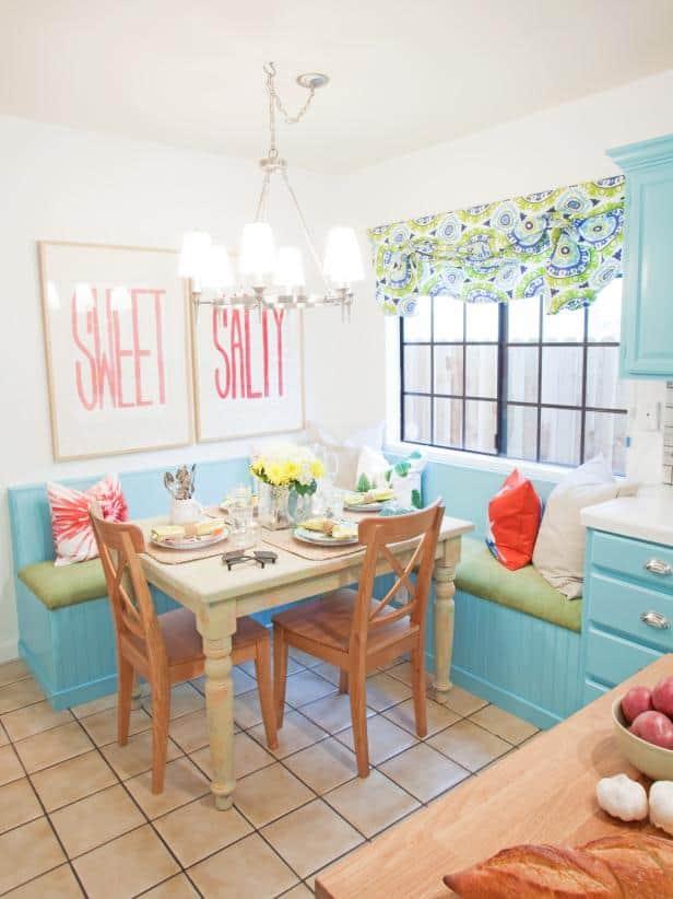 beach home kitchen nook banquette seating