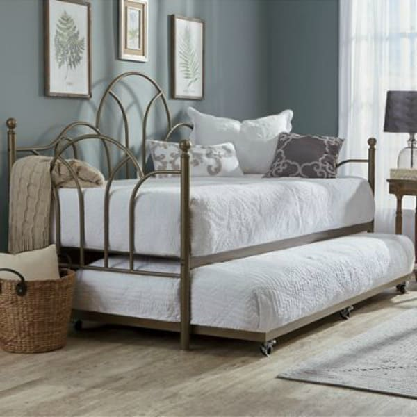 metal trundle bed