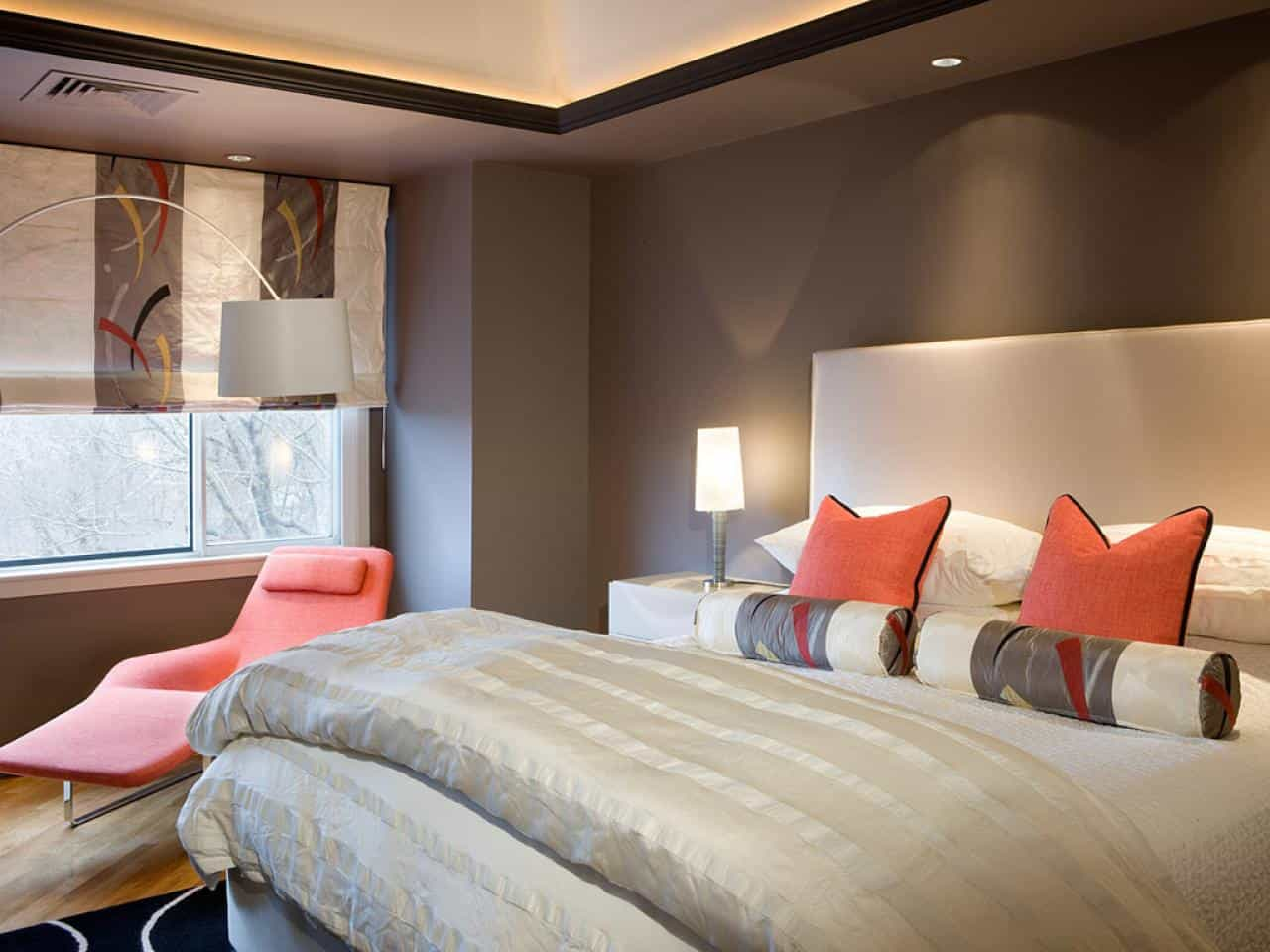 Pop of color works in any bedroom setting because it adds a focal point to the area