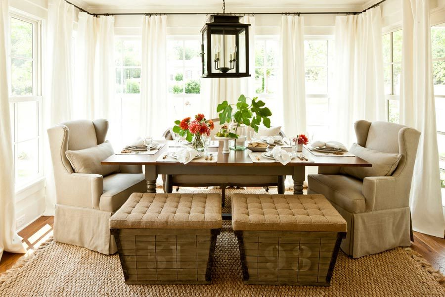 relaxed comfy neutral dining room 900x600 15 Casual Dining Rooms To Style Your Own After