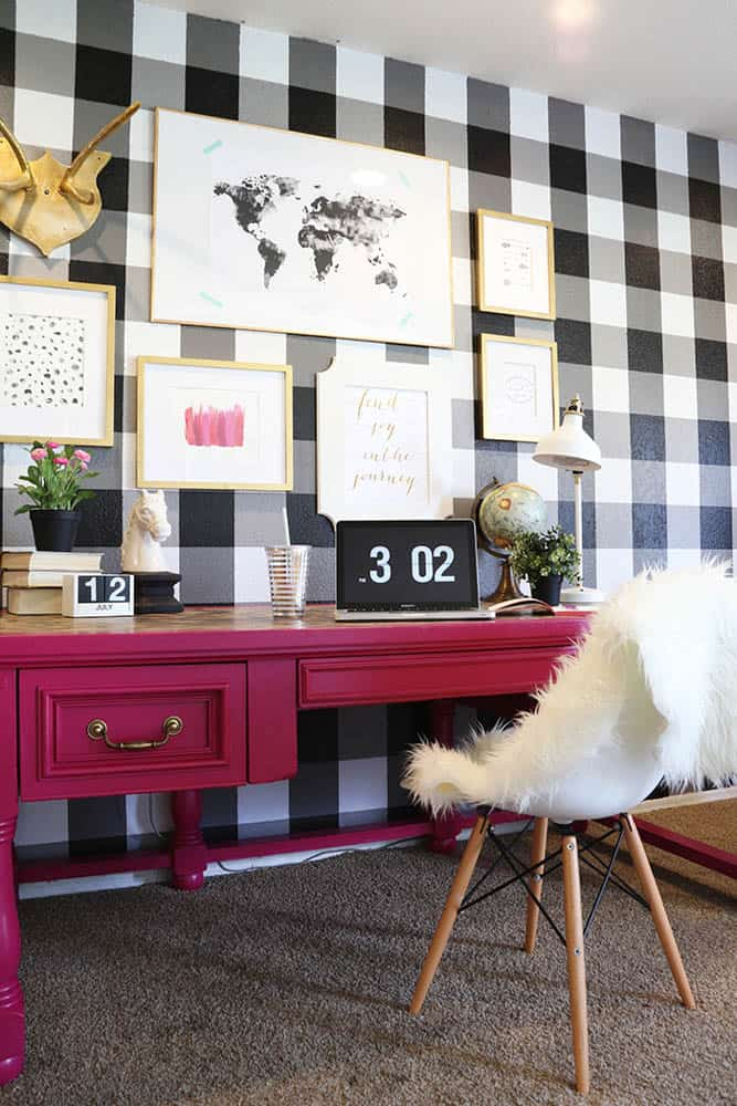 buffalo check wall 15 Ways To Style The House With Trendy Buffalo Check