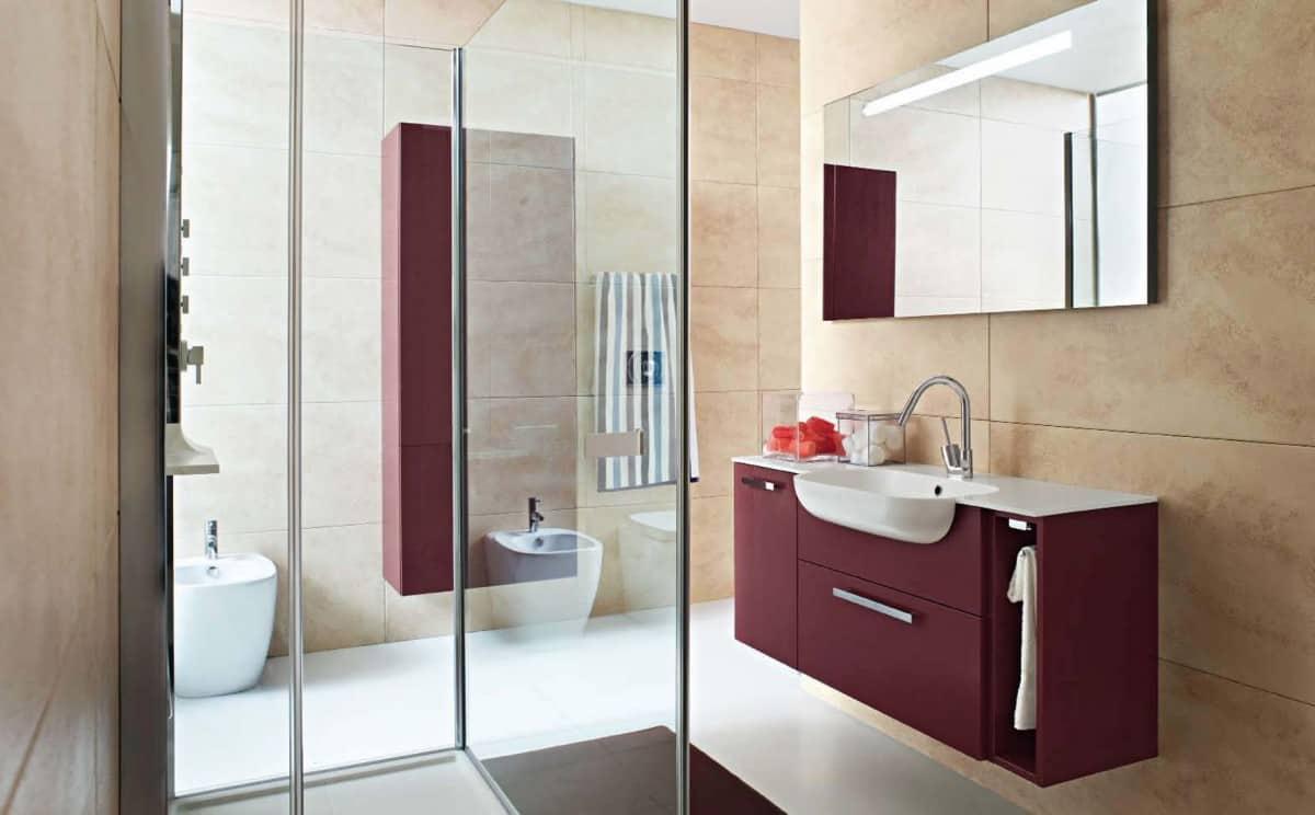 burgundy bathroom