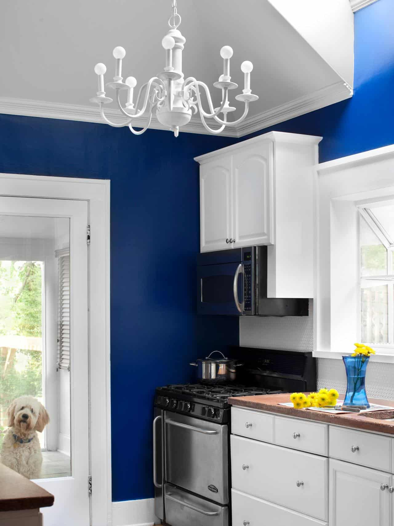 Color is pretty much essential in every room of the home, especially smaller rooms.