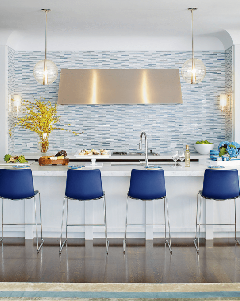 minimal kitchen blue stools Minimalist Kitchen Ideas That Are Not Boring