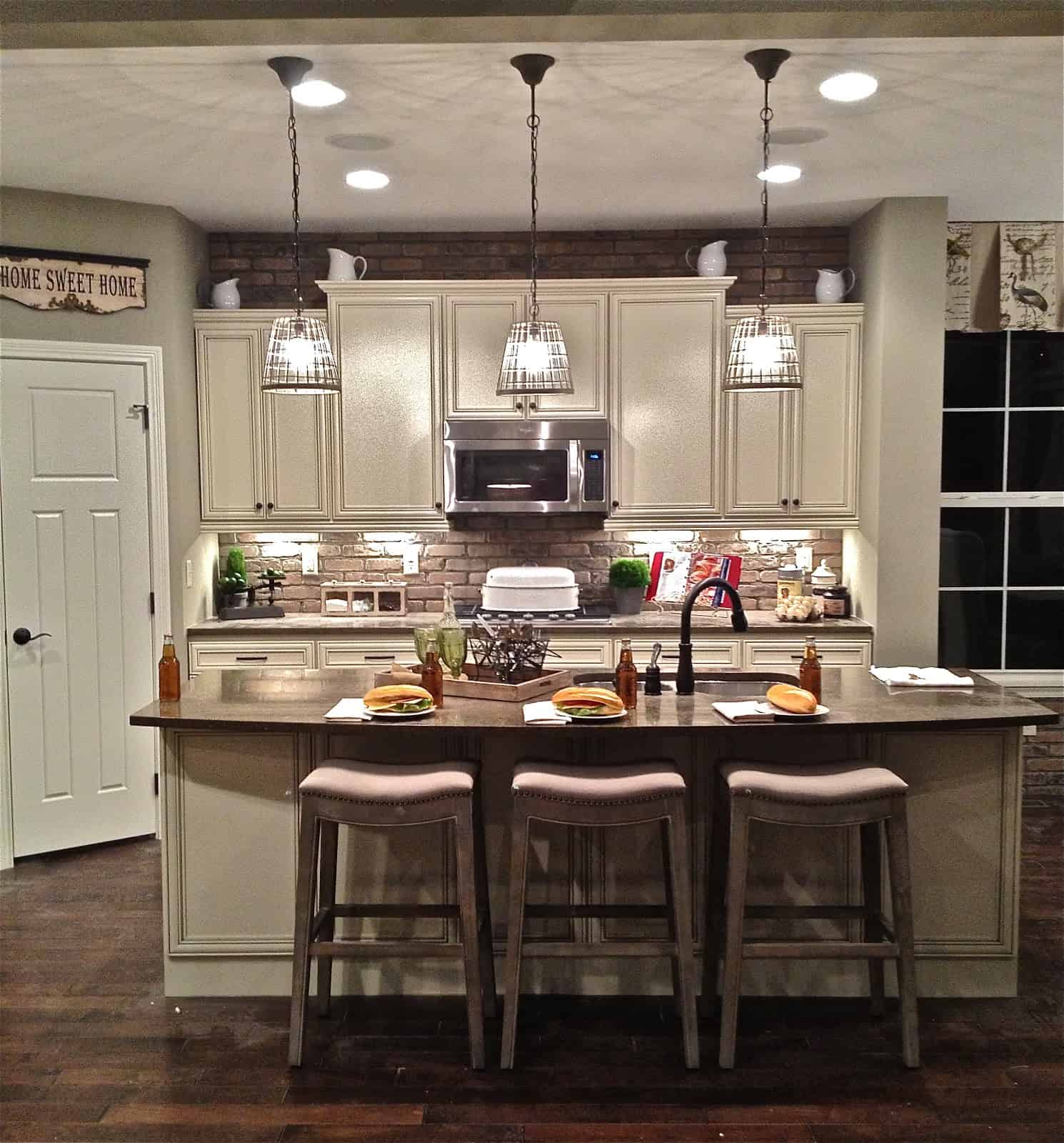 multiple light fixtures Small Kitchen Decor Options