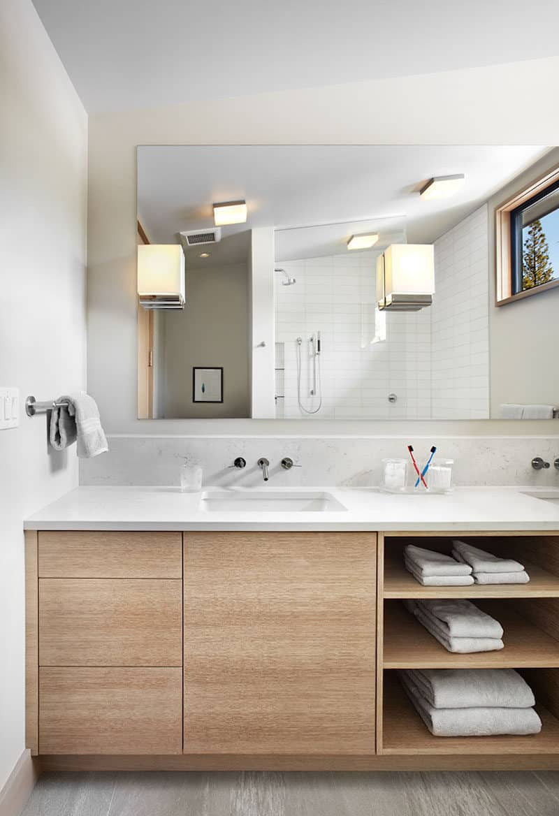 save space Small Bathroom Decor Options
