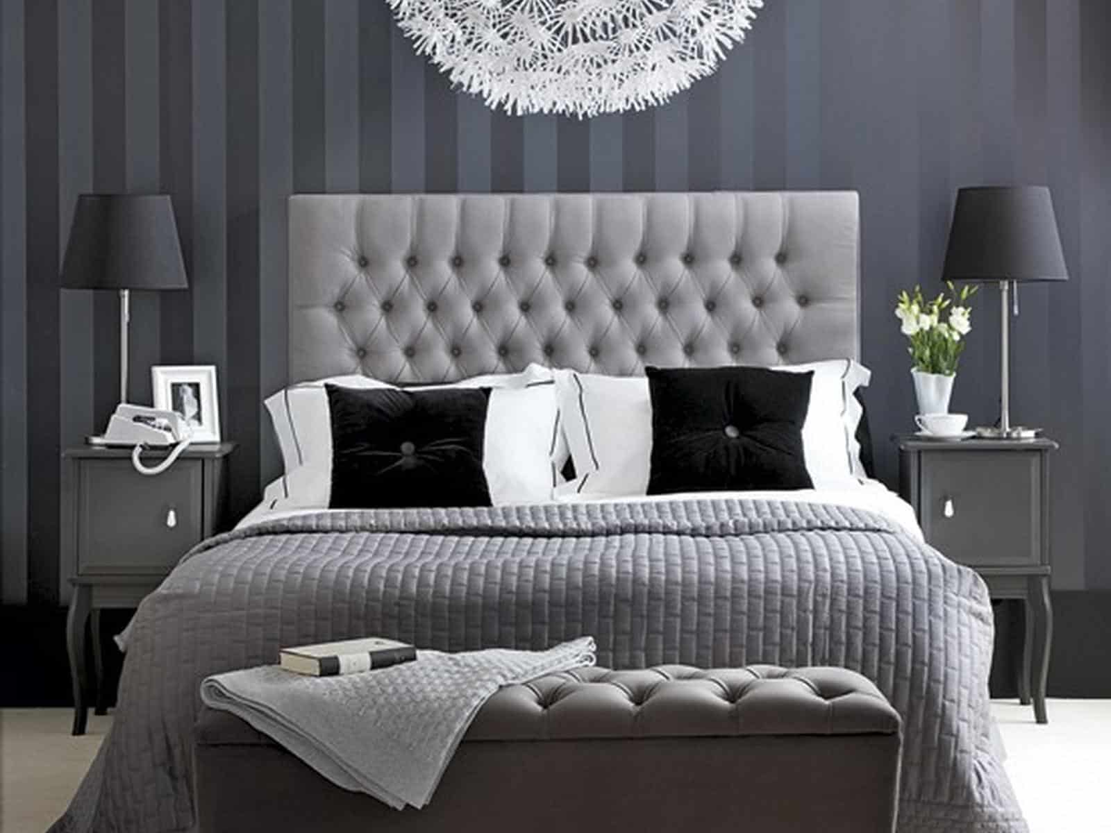 black and white with gray hints Chic Black And White Bedrooms That Are All The Rave