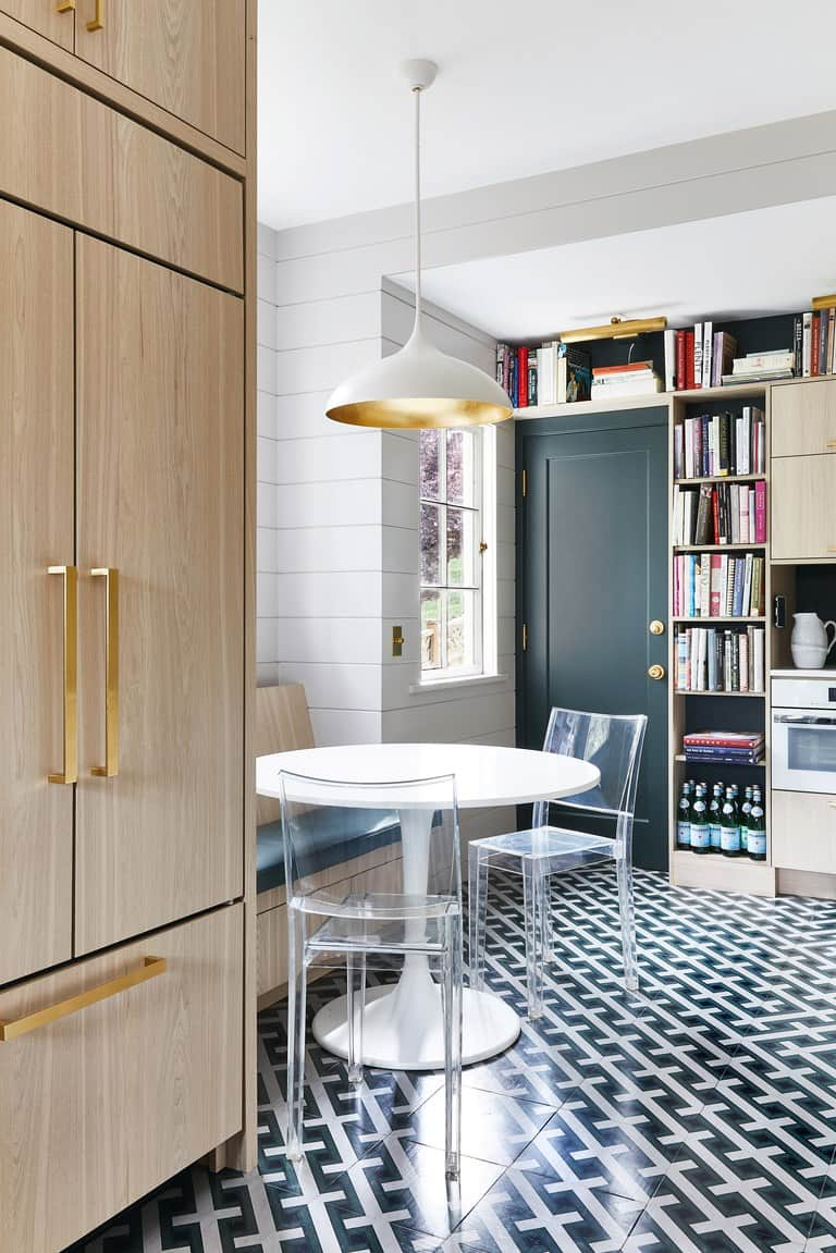 patterned floors in breakfest nook