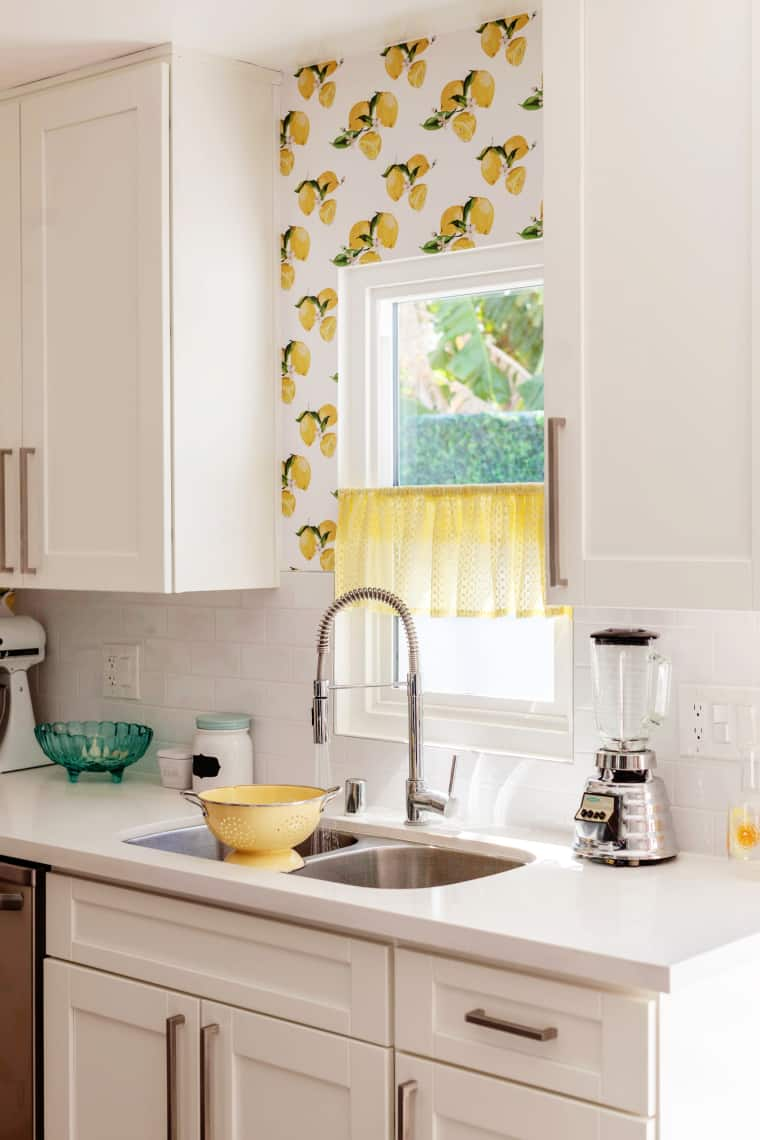 lemon wallpaper kitchen