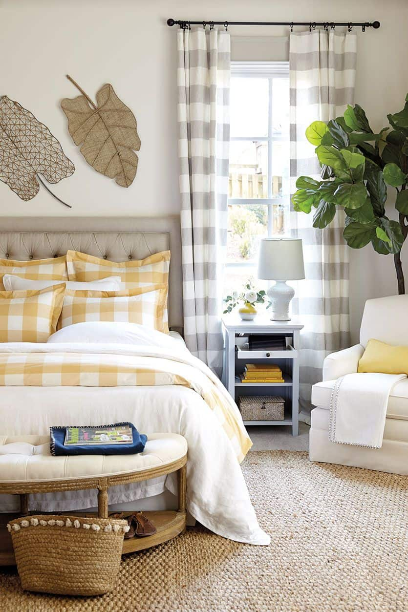 neutral plaid bedroom 2 10 Spaces That Prove Plaid Is Definitely Back