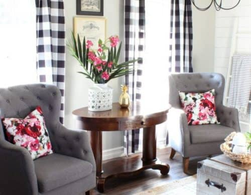 10 Spaces That Prove Plaid Is Definitely Back