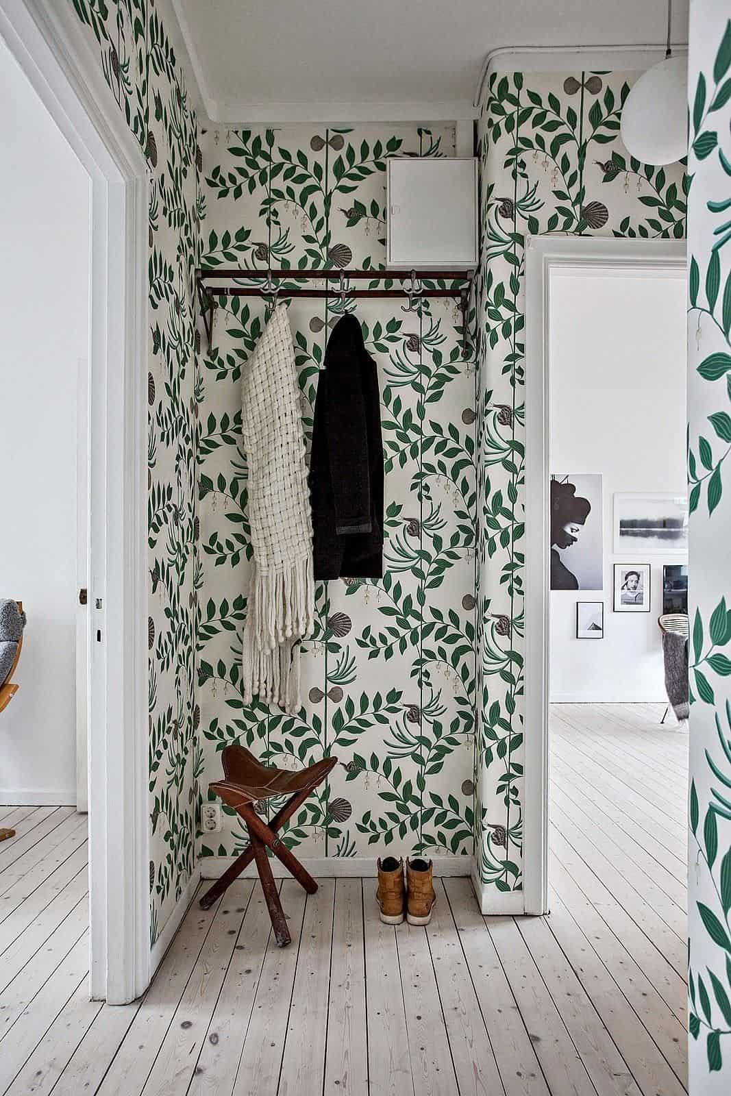 leaf tropical bathroom wallpaper