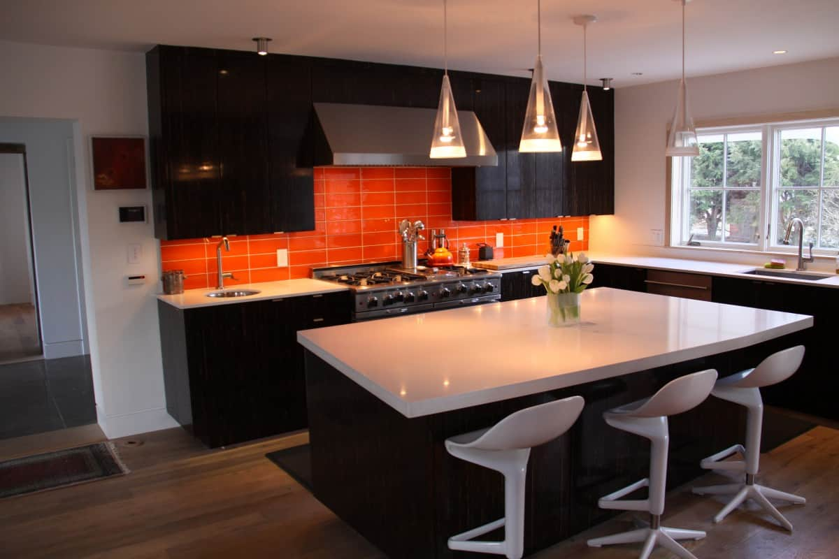 Orange kitchen in the interior. Orange Kitchen: Design 41