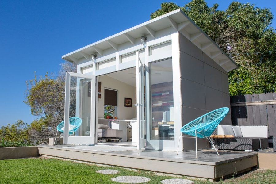 white modern studio shed 900x600 15 Versatile Studio Shed Ideas To Transform Your Backyard