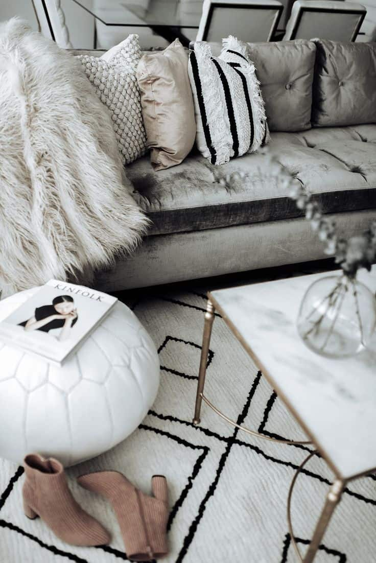 coffee table with pouf