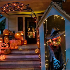 Unique Ways To Bring A Spooky Twist To Your Front Porch