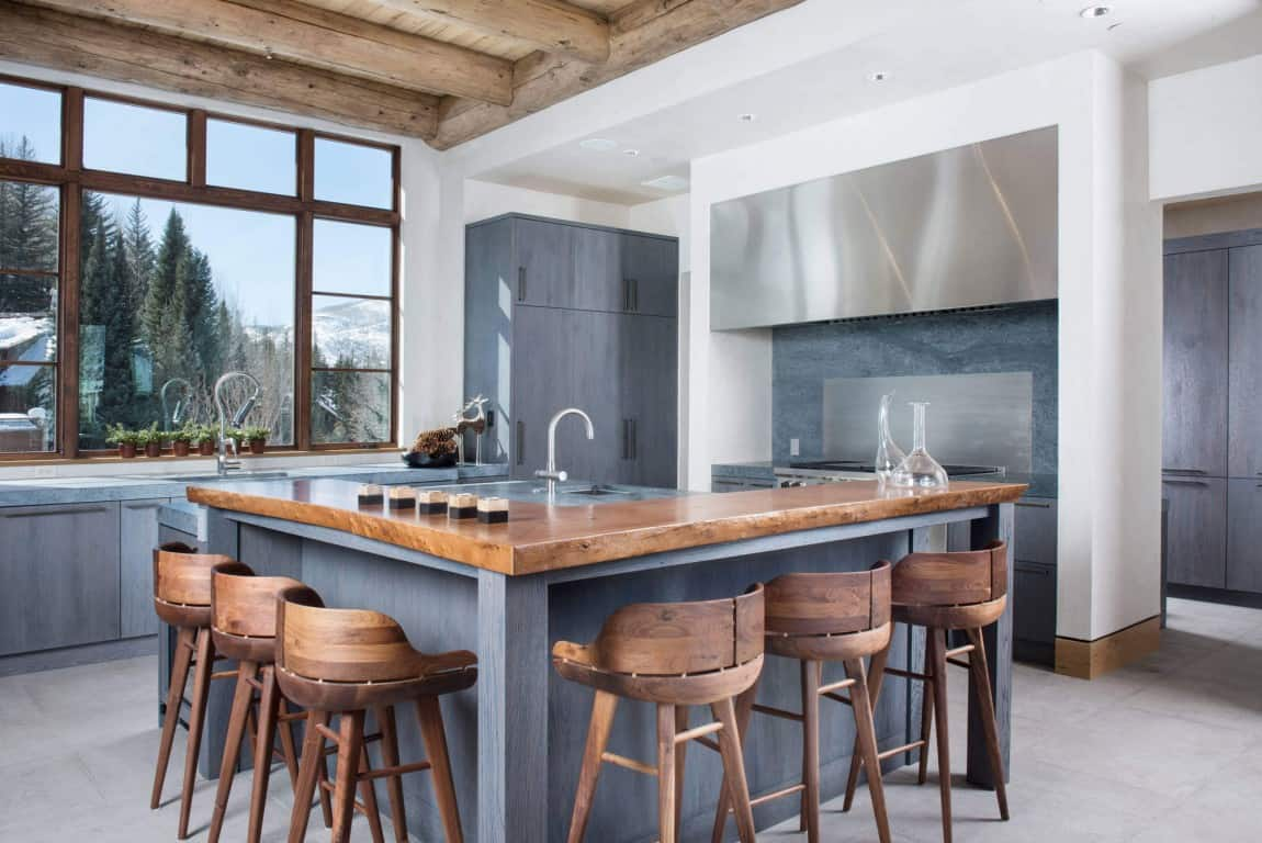 one level kitchen island.jpg 2