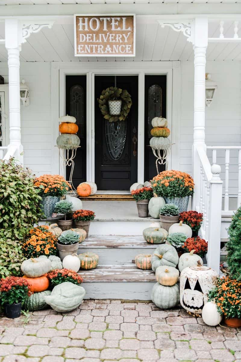 rustic halloween porch Unique Ways To Bring A Spooky Twist To Your Front Porch
