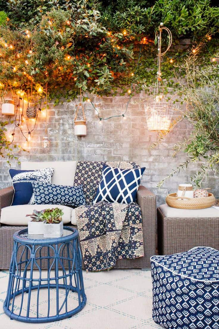 fall color Tips To Transition Your Patio From Summer To Fall