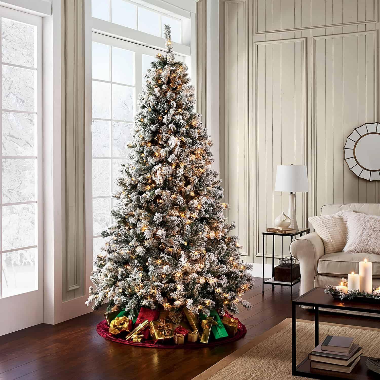 lots of lights tree