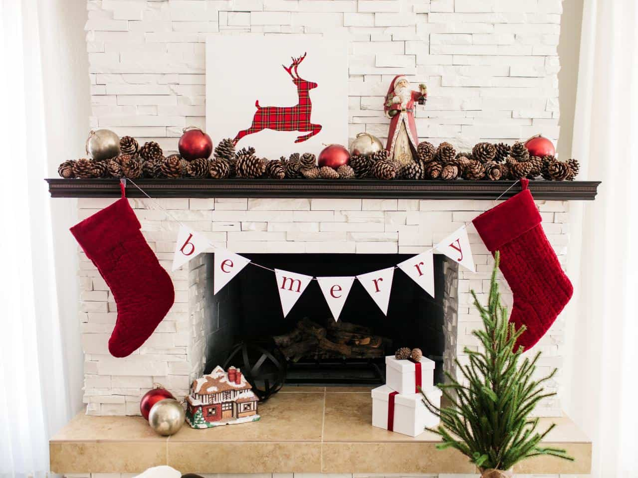 mantel with red