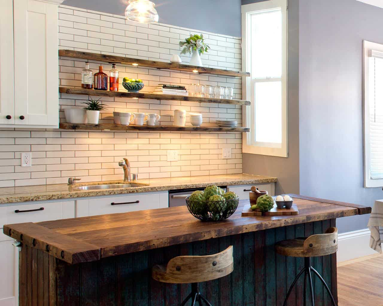 The Benefits Of Open Shelving In The Kitchen: Chic Kitchens With Open Shelving