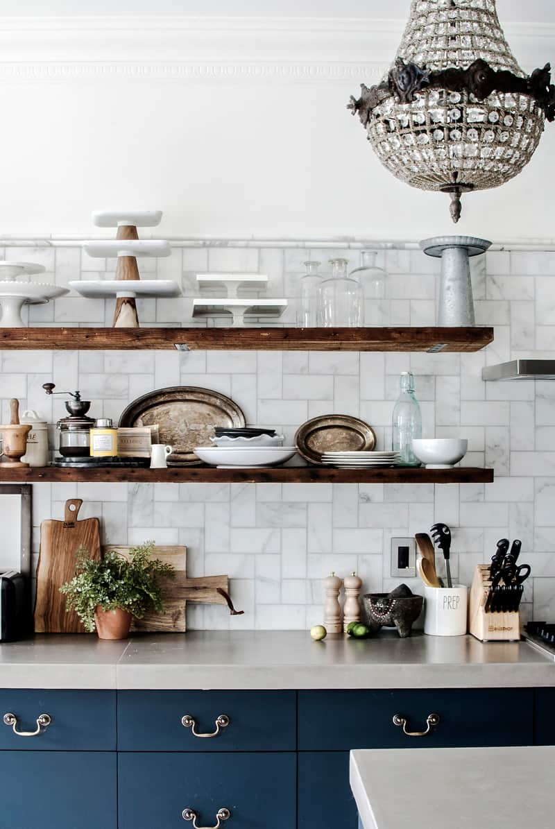 rustic shelving Chic Kitchens With Open Shelving