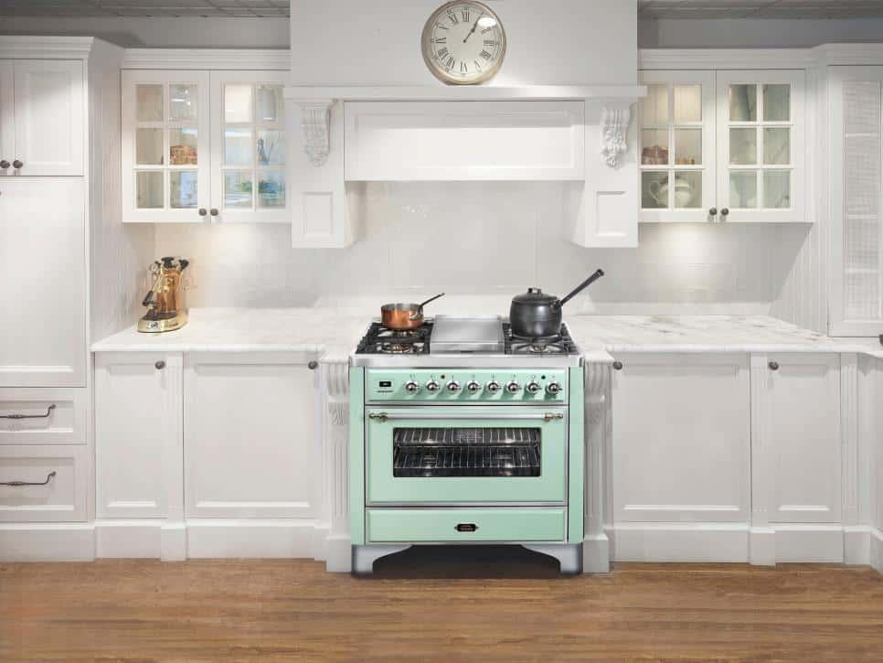 pastel stove