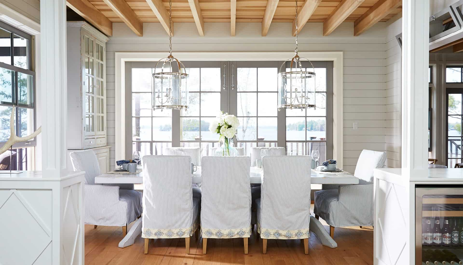 windows for dining room 12 Ways To Make A Statement In Your Dining Room