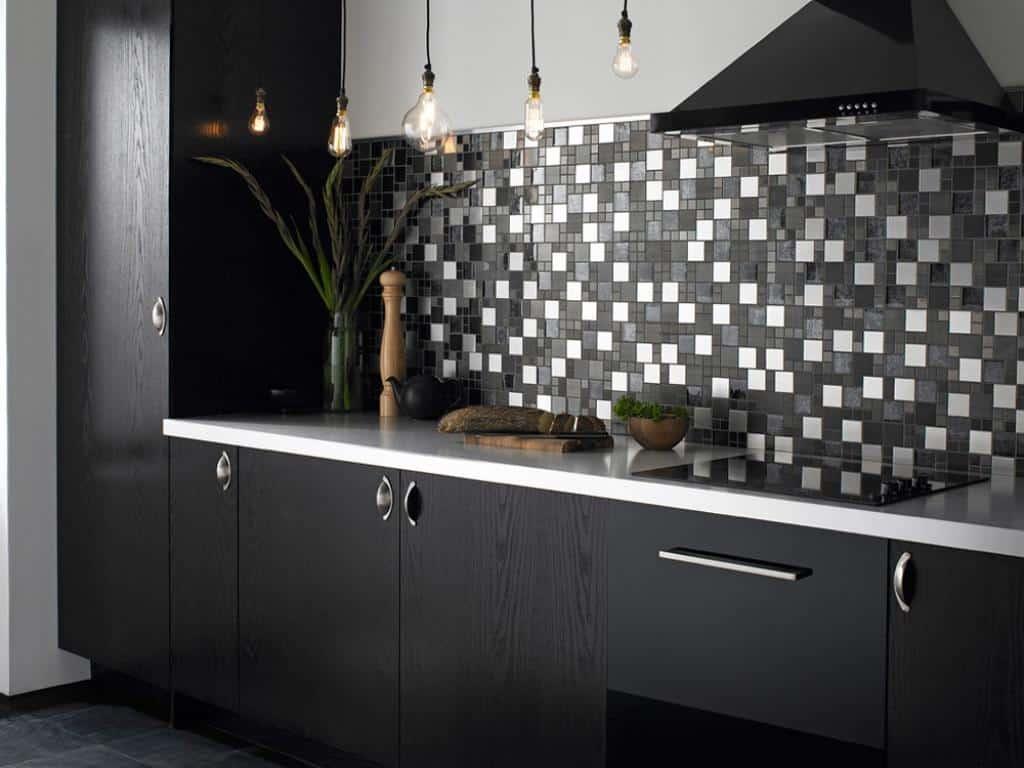 black and white tiles kitchen