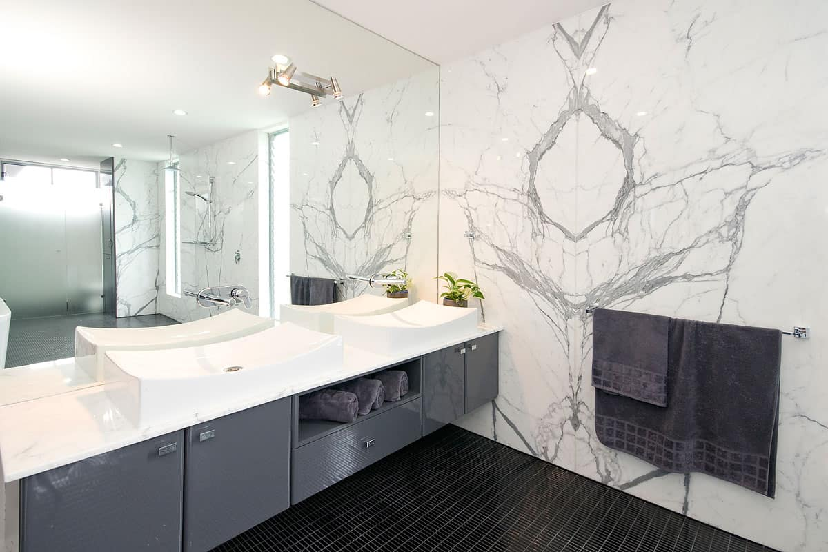 natural element in the vathroom