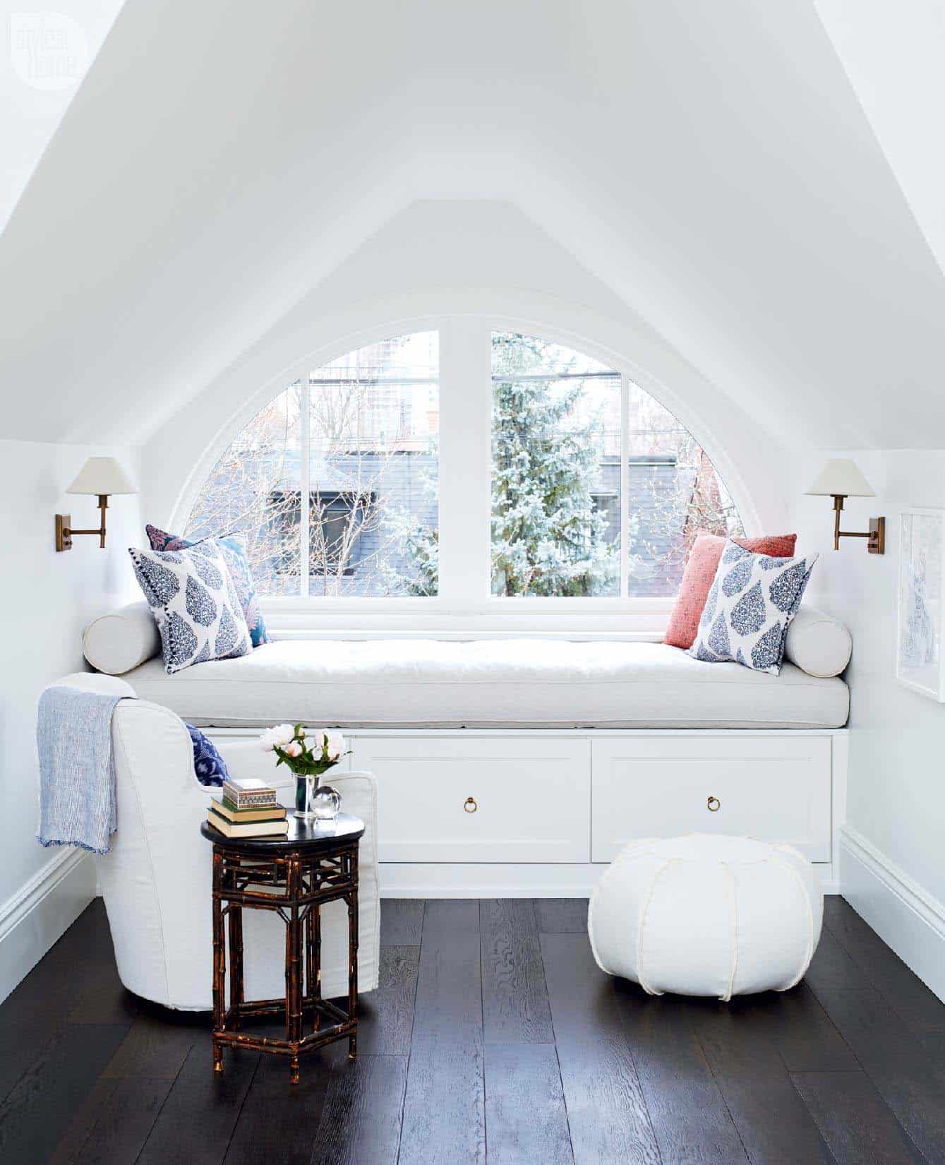 attic with nook Dreamy attic rooms that will make you fall in love