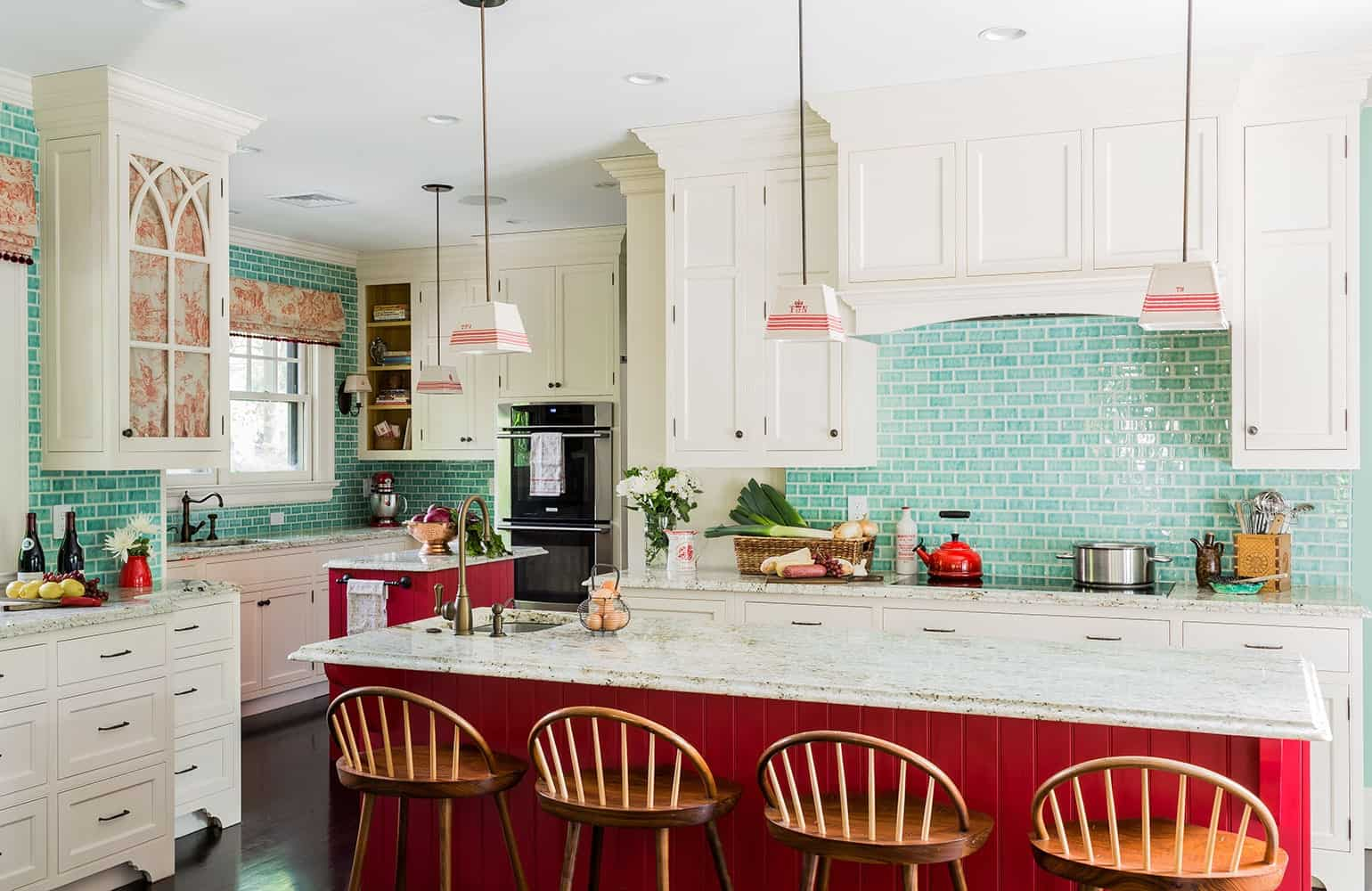 contrasting colors kitchen