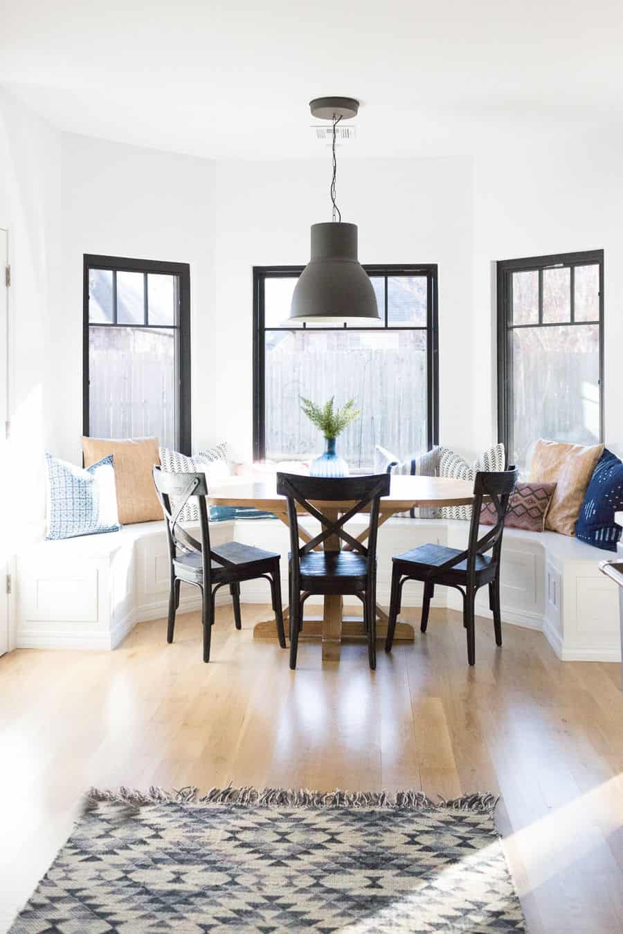 dining room window seating
