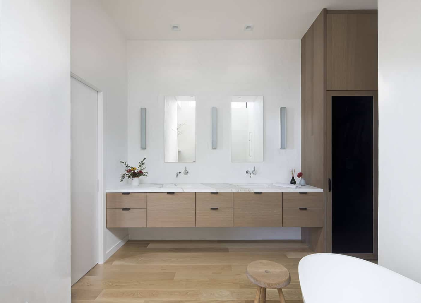 simple masterbathroom