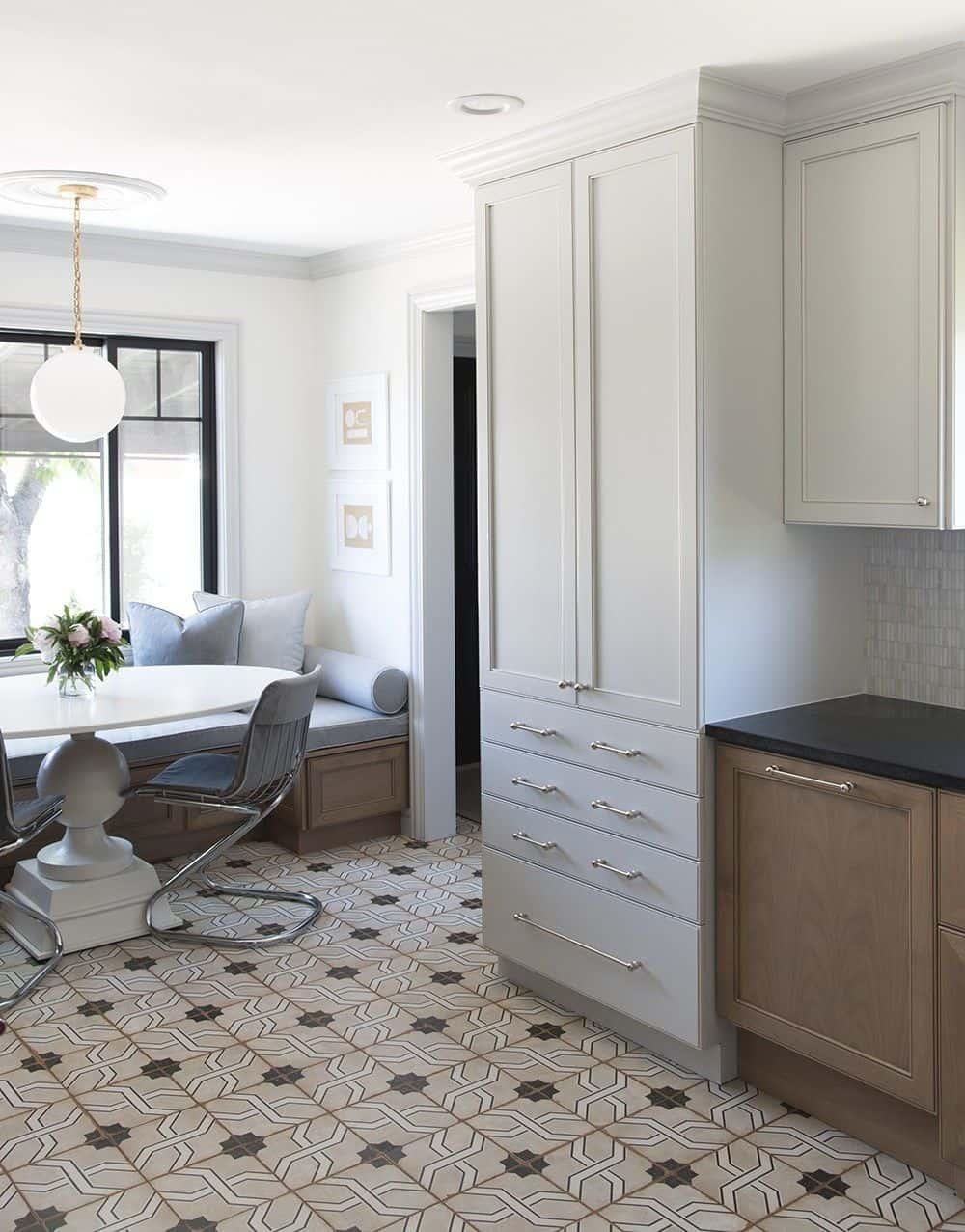 breakfast nook with tiles