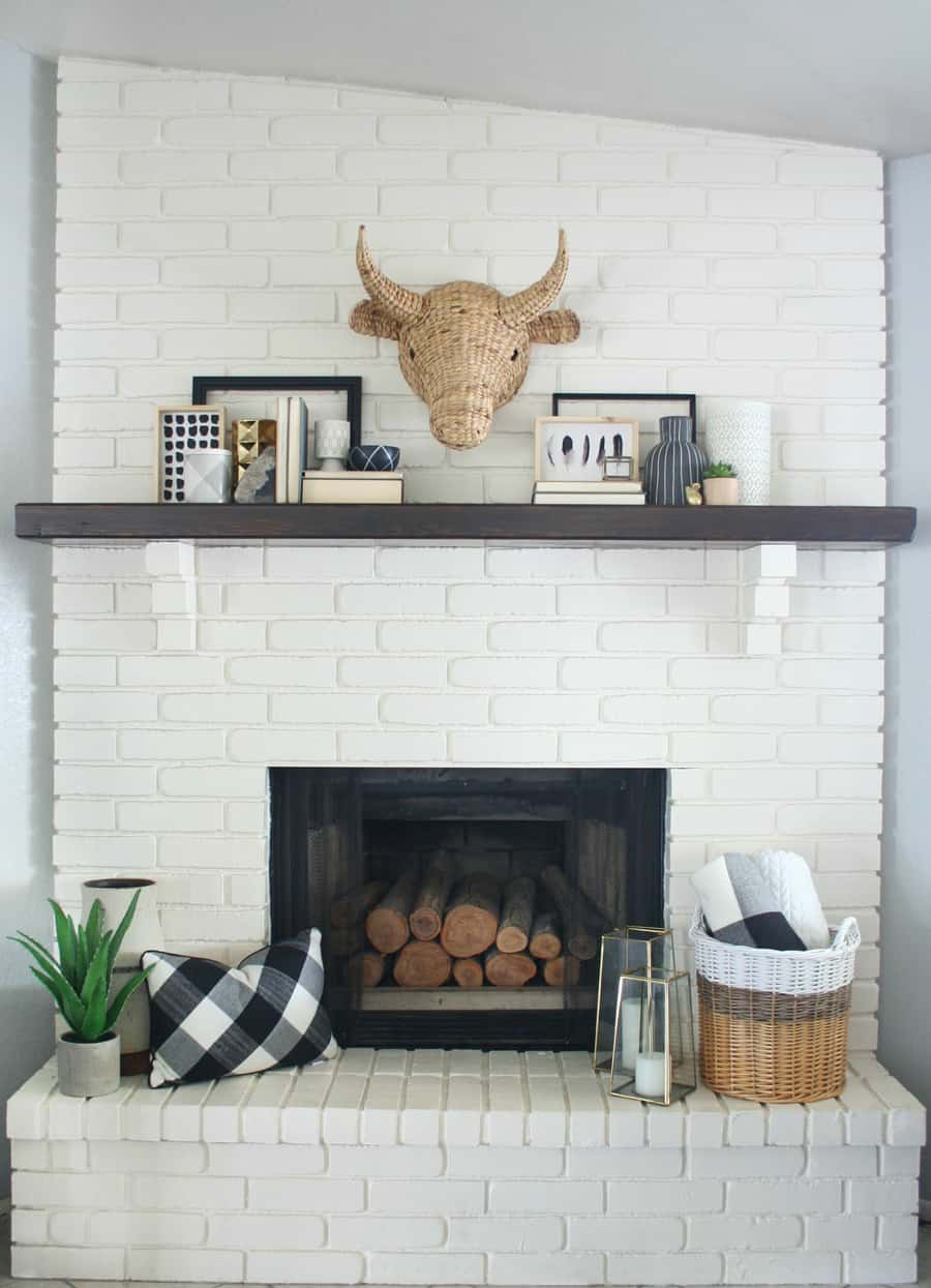 black and white mantel